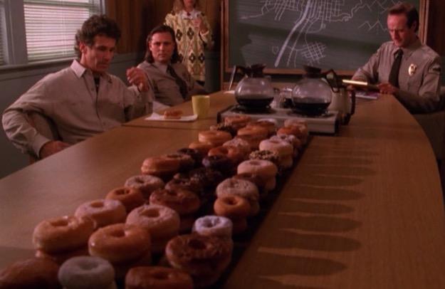 Twin peaks donuts
