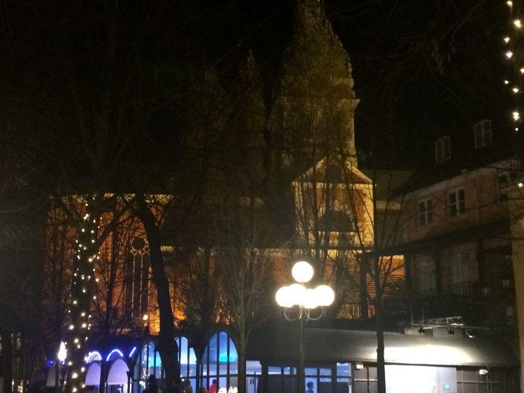 Iglesia en la plaza de Kungsträdgarden