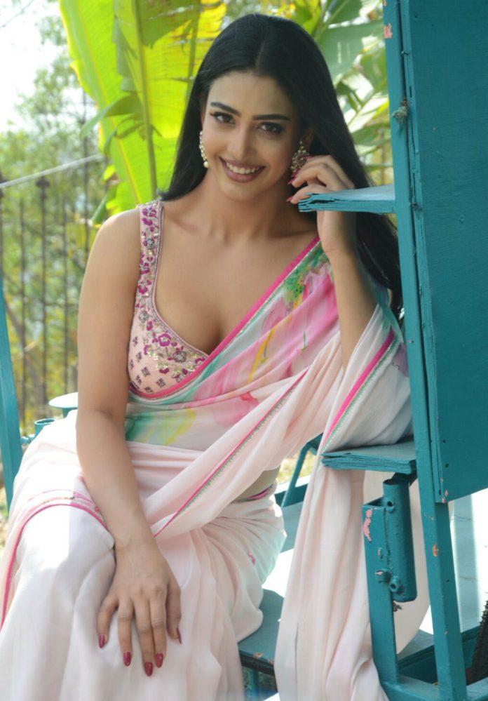 Daksha Nagarkar Saree Stills - Telugu Actress Gallery