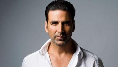 Akshay kumar contracts Covid-19; assures he will be back in action soon