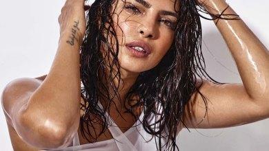 Priyanka Chopra shares a stunning throwback in a Bindi and Bikini