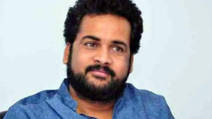 Actor Sivaji boost up to Vizag Steel plant employees