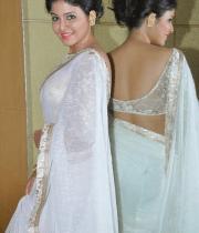 anjali-latest-stills-in-white-sari-06