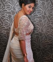 anjali-latest-stills-in-white-sari-07