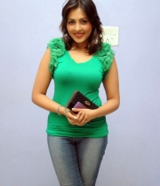 madhu-salini-new-photos-09