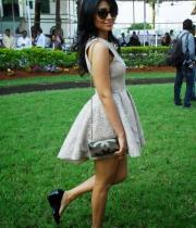 shriya-saran-mini-skirt-hot-photos-8-685x1024