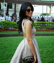 shriya-saran-mini-skirt-hot-photos-9-685x1024