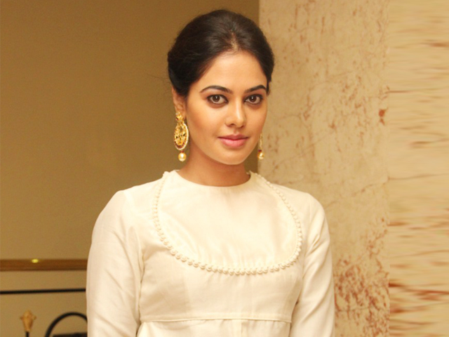 bindhu madhavi teams with director baalaa