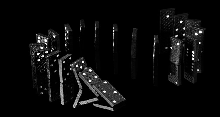Domino QQ Poker V