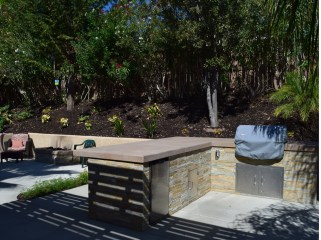 Outdoor kitchen with stone facing in Temecula McCabe's Landscape Construction