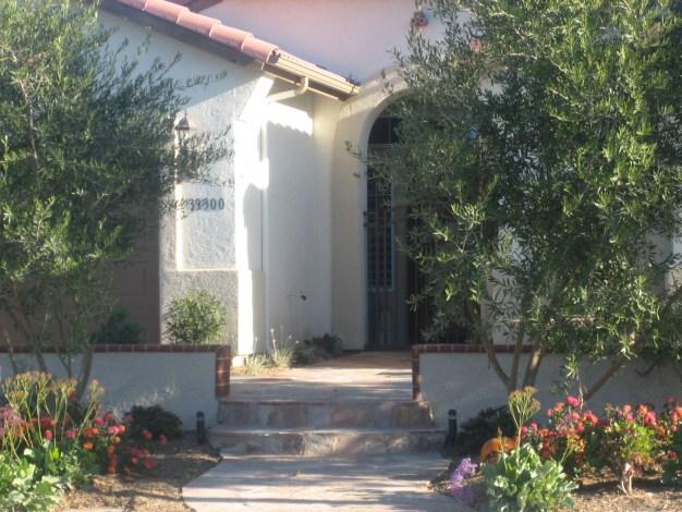 Flagstone steps in Murrieta McCabe's Landscape Construction