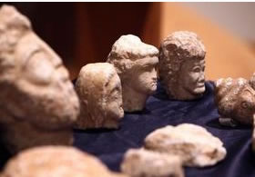 stone heads of Berber figurines
