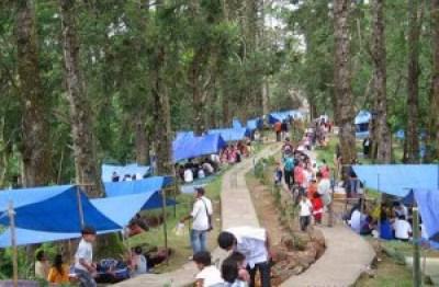 Wisata ke bukit Gundaling