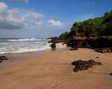 Pantai ujung genteng cipanarikan