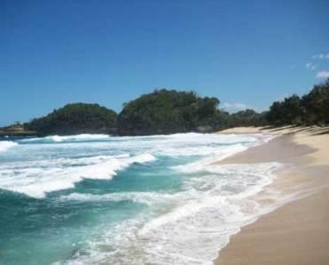 Pantai Kondang Merak Jawa Timur