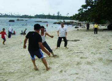 Pantai Trikora tanjung Pinang 3