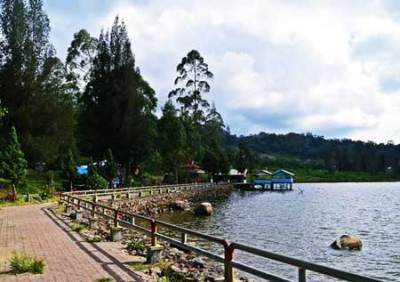 Danau Lau Kawar Gunung Sinabung