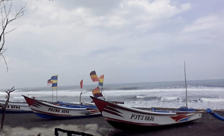 Wisata Pantai Baru Yogyakarta