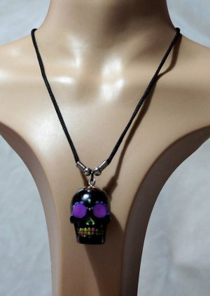 Black day of the dead 3D skull necklace