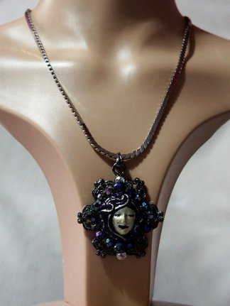 Gothic Lolita mystical girl 3D cameo necklace
