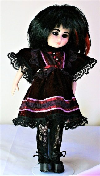 Gothic Lolita velvet red and black panel dress