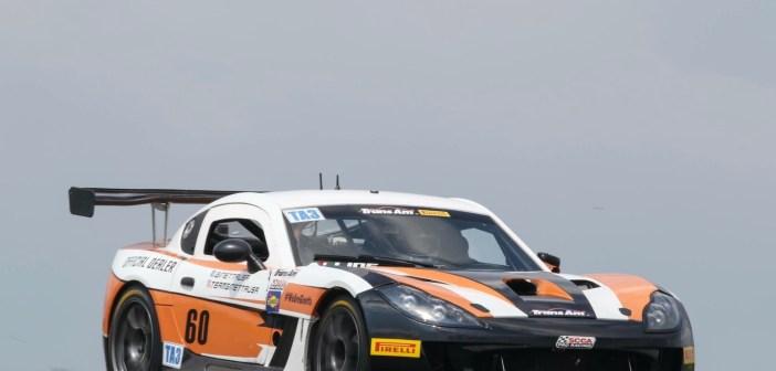 Automobilismo: Brasileira lidera campeonato nos EUA