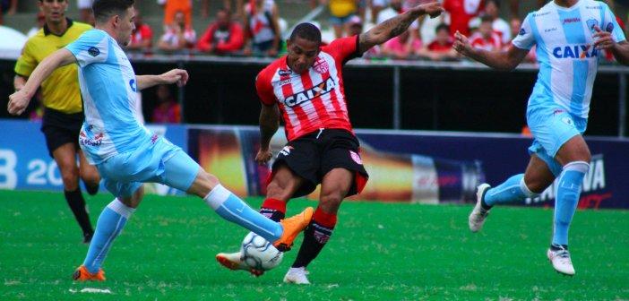 Novo turno, nova vida: Rafael Costa quer CRB embalando na Série B