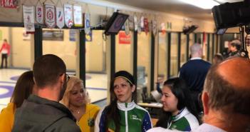 Com as mulheres, Brasil faz história no curling