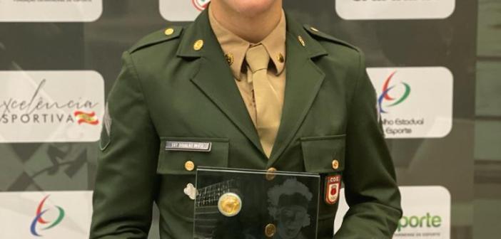 Douglas Brose fica com troféu Guga Kuerten de melhor atleta catarinense de 2019