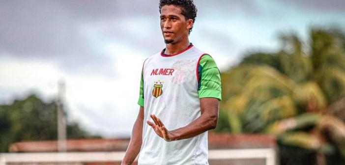 """De saída, Abuda agradece oportunidade do Sampaio Corrêa: """"Seguir em frente"""""""