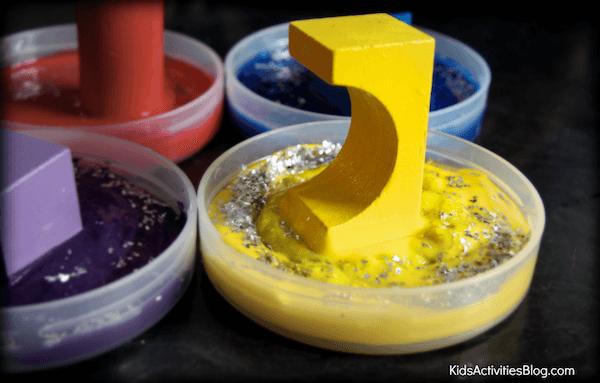 10 ideias criativas de pintura com carimbo - carimbo com bloco