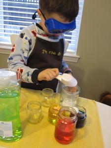 10 ideias para estimular a brincadeira de faz de conta - cientista maluco