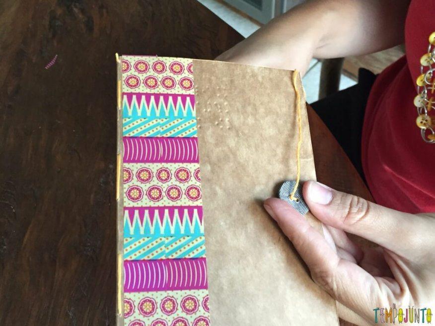 Presente artesanal para o Dia dos Professores - costurando o botao