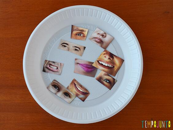 Brincadeiras que te ajudam na hora de visitar alguém - caretas no prato de papel