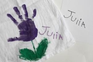 10 ideias de presentes para fazer em casa para as mães - tecido pintado