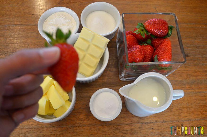 Presente da mamãe feito pela Chapeuzinho Vermelho - Tempojunto na Cozinha - ingredientes 2