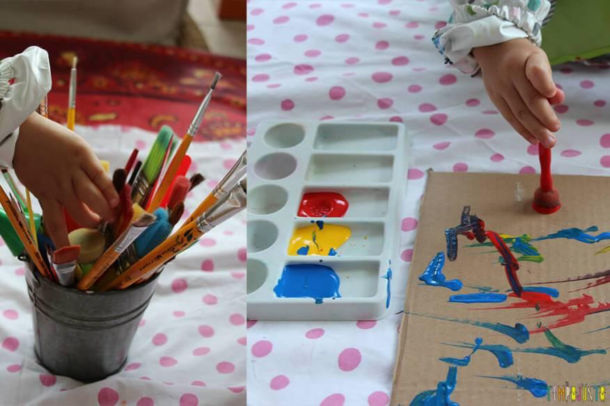 Atividade de artes para crianças de todas as idades - gabi fazendo o quadro com os materiais