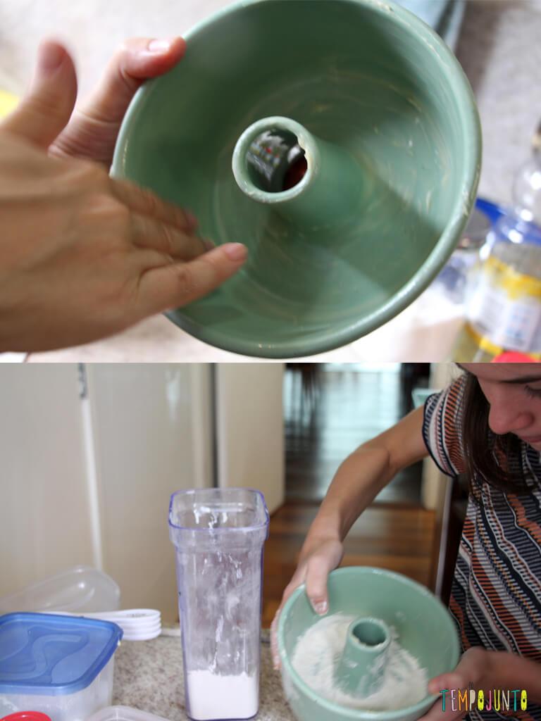 Bolo de Cenoura no Tempojunto na Cozinha_7909_7913_Untando-a-forma