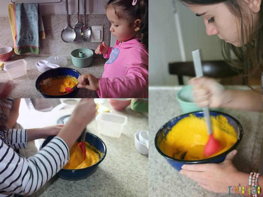 Bolo de Cenoura no Tempojunto na Cozinha_7941_7945_7948_Meninas-misturando-a-massa