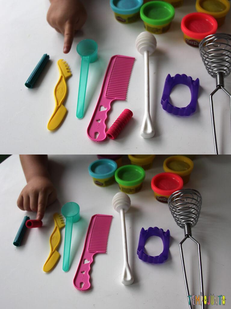 Brincar de massinha e objetos da casa_7208_7209_Gabi-apontando