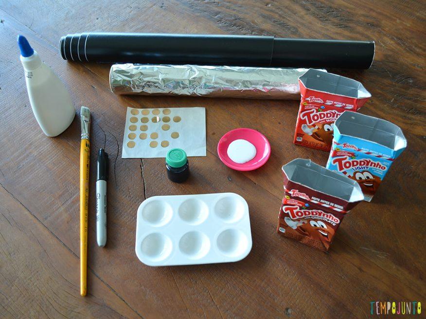 Um brinquedo de sucata cheio de possibilidades criativas_Materiais