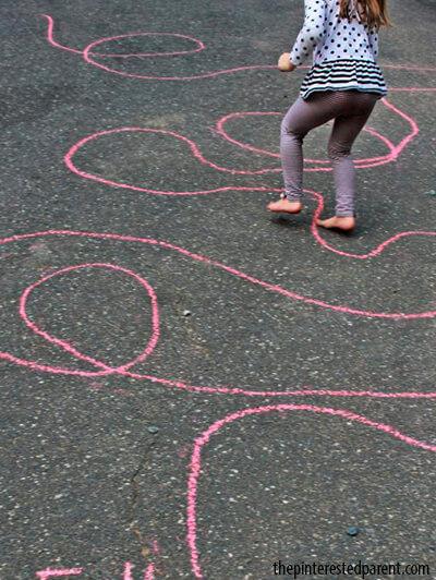 10 dicas de brincadeiras para fazer no quintal - siga a linha