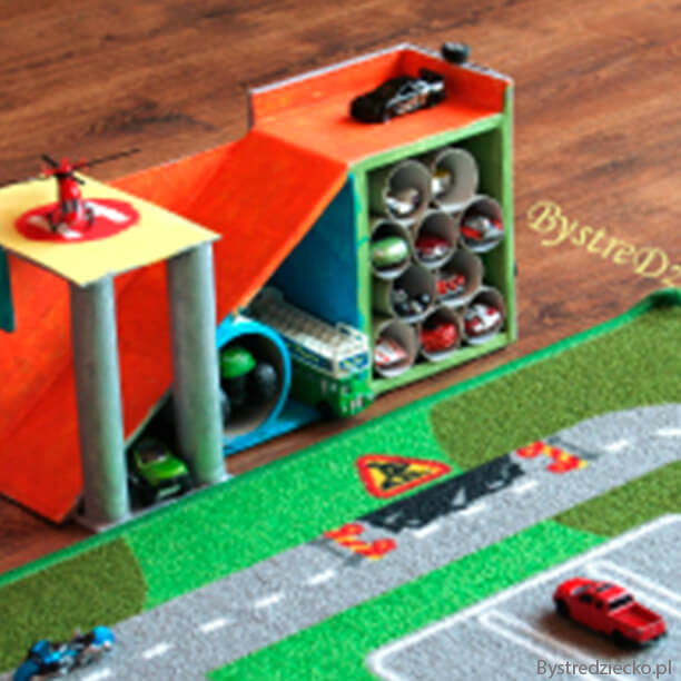 10 ideias de brinquedos caseiros faceis de fazer - garagem de carrinhos