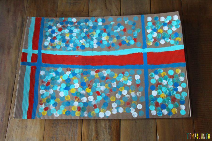 Atividade de artes para estimular a brincadeira de imaginação - tapete da carol