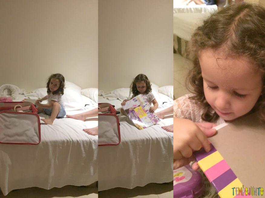 Caça ao tesouro sensorial uma brincadeira para combater o tédio em casa - gabi com o livrinho
