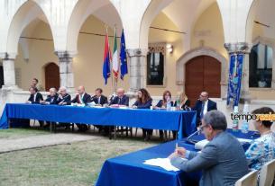 Il primo consiglio comunale al Chiostro di San Domenico