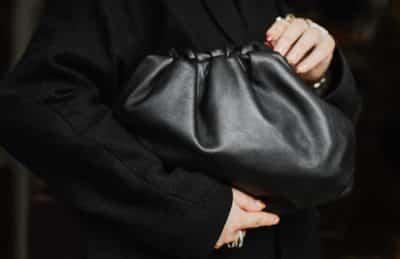 Note Globale du sac Pouch de Bottega Veneta