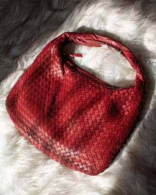 Un sac à main Bottega Veneta d'occasion parfaitement rénové qui a retrouvé tout l'éclat du neuf !