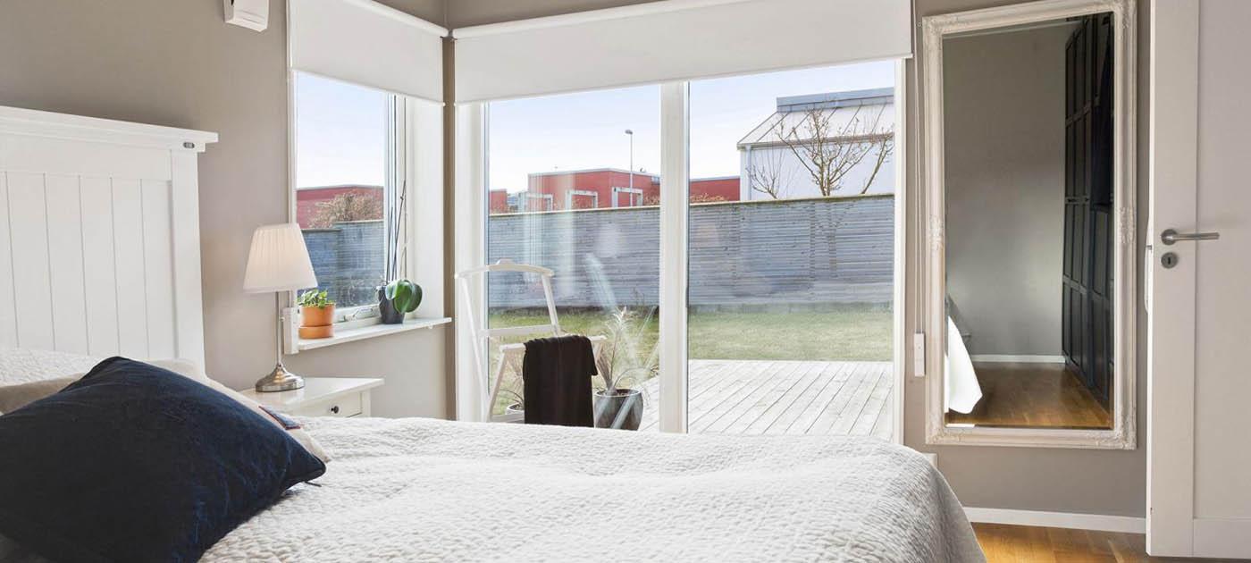 Visualizza altre idee su tende doppie, tende, tende per la camera da letto. Tende A Rullo Oscuranti Roma Tende A Rullo Roma