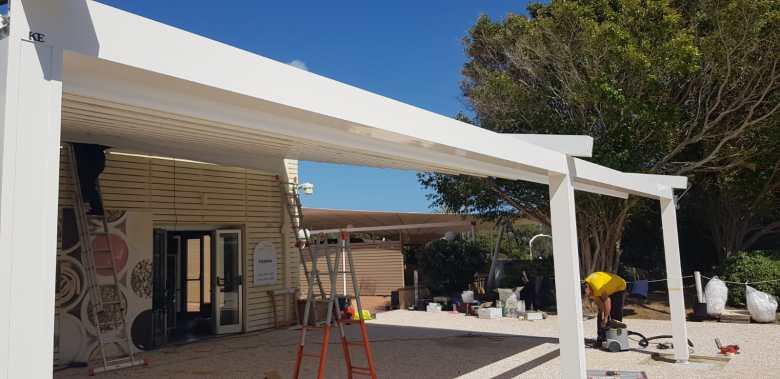 SPACE è la tenda KE ideale per migliorare il comfort di verande e attici